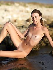 Claudia | Low Tide