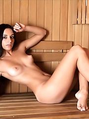 Sacha | Lets Sauna!